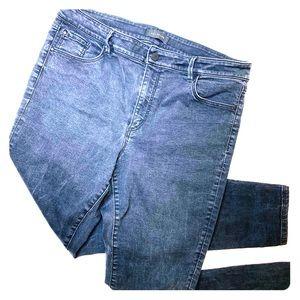 Ann Taylor Skinny Curvy Fit Black Denim Jeans 14